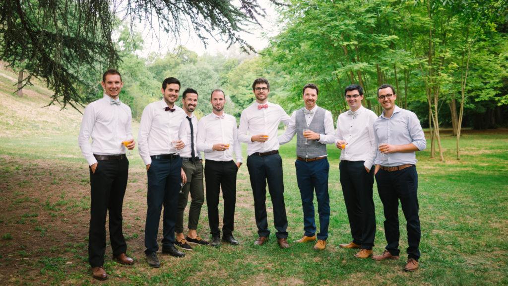 photo groupe mariage hommes chateau de lhers parc